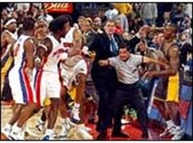 NBA'de kavgalı gece